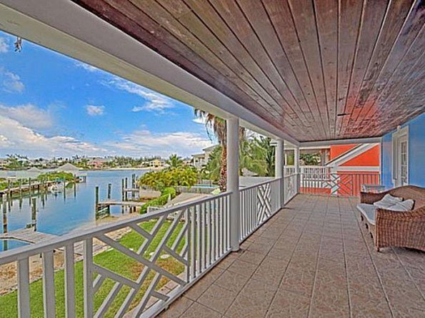 Bahamas 4 Beds Waterfront Home