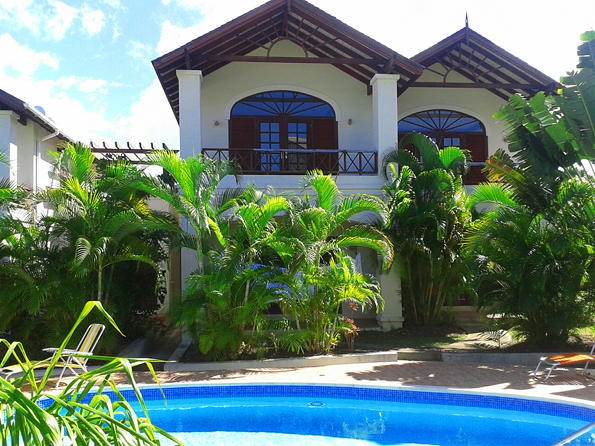 Barbados 3 Bedrooms Townhouse